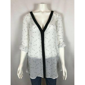 Torrid Womens Hearts & Arrows Shirt Size 2 2X